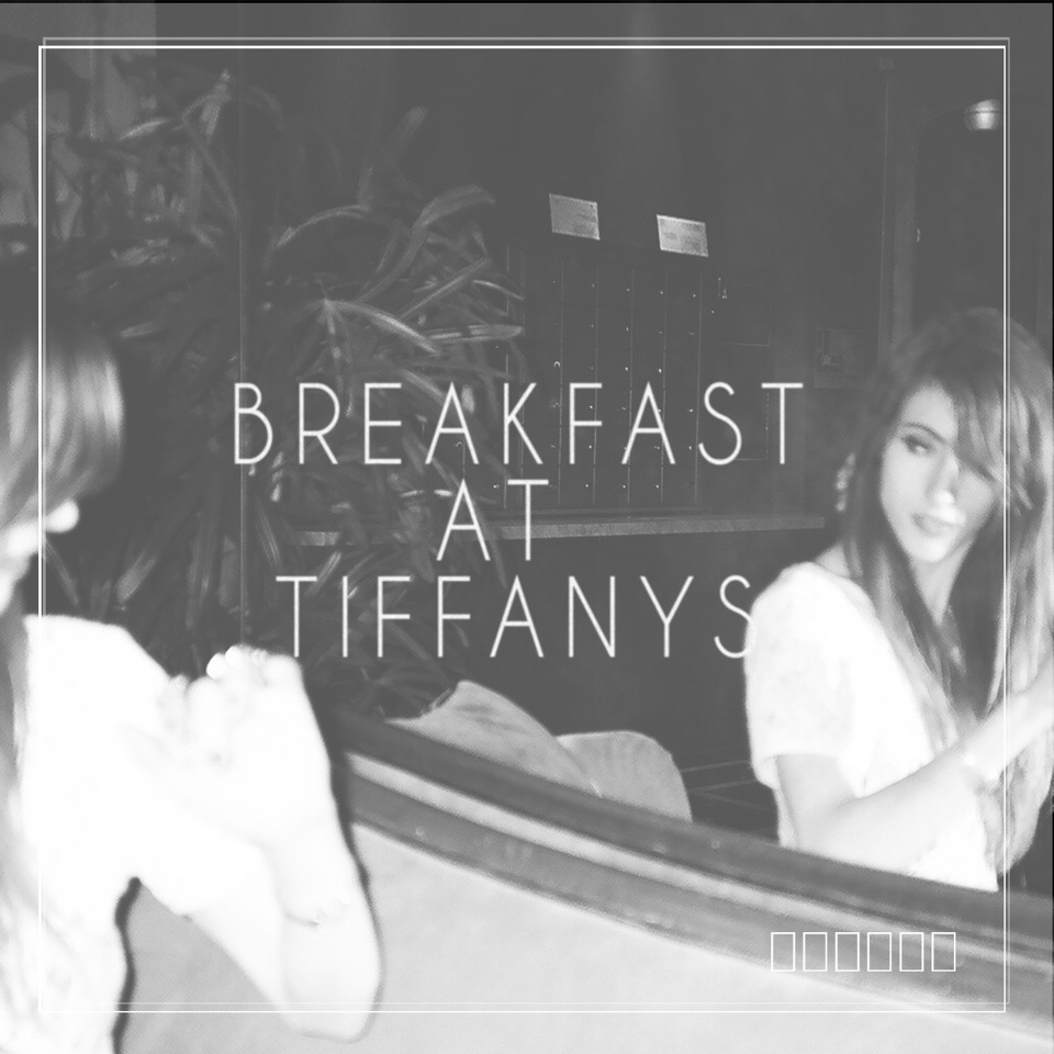 Nylo_Breakfast_At_Tiffanys